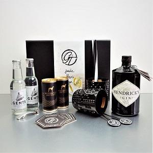 Gin & Tonic Geschenkeset - Wir bieten unsere exklusiven Gin & Tonic Geschenkesets,mit verschiedenen Nachtmann Gläsern der Serie Punk und Noblesse und ausgesuchten Tonics der Marken Gents,Windpiel,Fentimans und Fever Tree an.